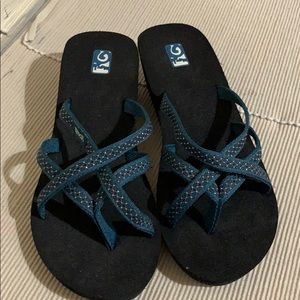 Teva Blue Studded Strappy Sandals New
